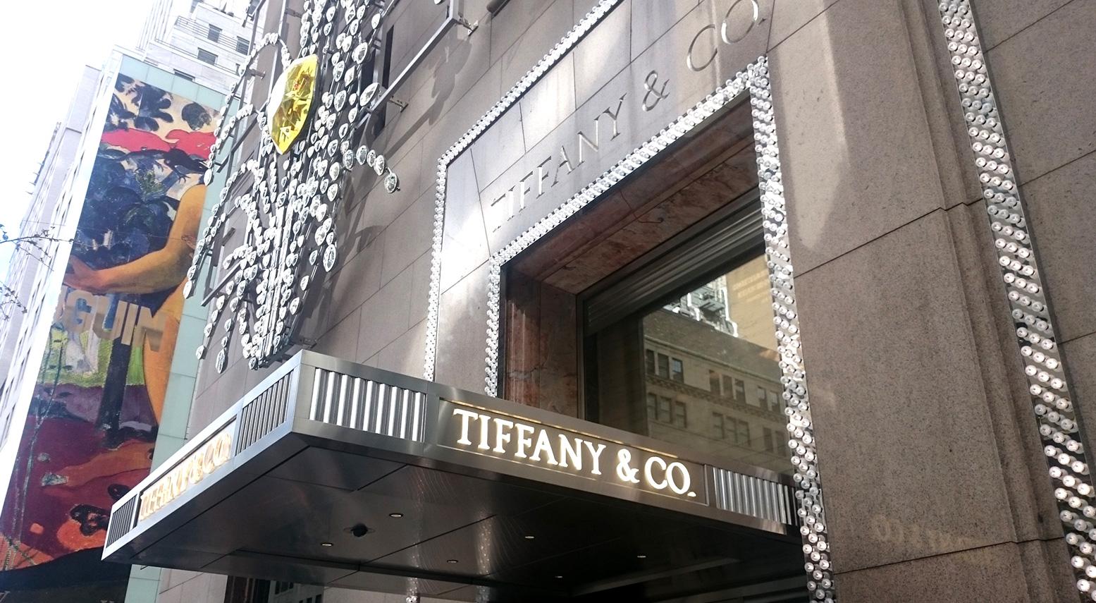 Tiffany Co 2017 - Tiffany & Co se renueva para atraer a los Millennials
