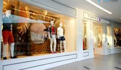 Tommy Hilfiguer Larcomar Peru Retail 1 248x144 - Visual Merchandising, el arte para incrementar las ventas y fidelizar clientes