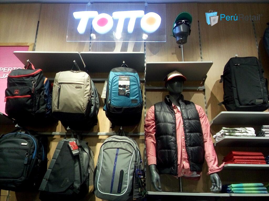 Totto Jockey Plaza 9 Peru Retail 1024x768 - Totto abrió su sexta tienda en Chile