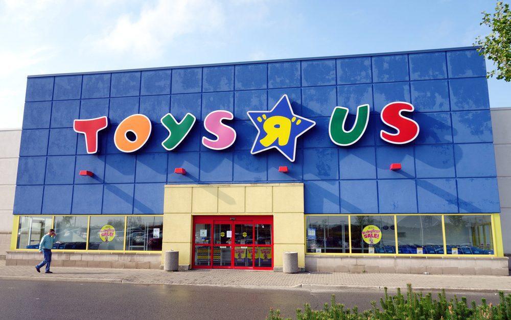 Toys R Us store - Más de 8000 tiendas fueron cerradas en Estados Unidos en el 2017