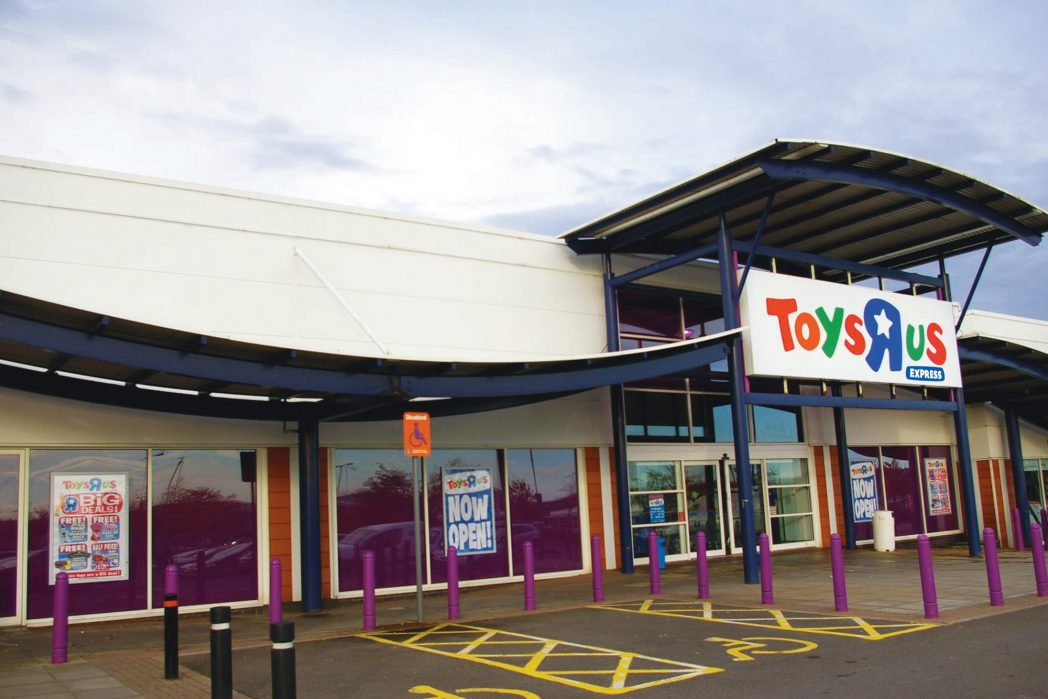 Toys_R_Us_Express_Telford