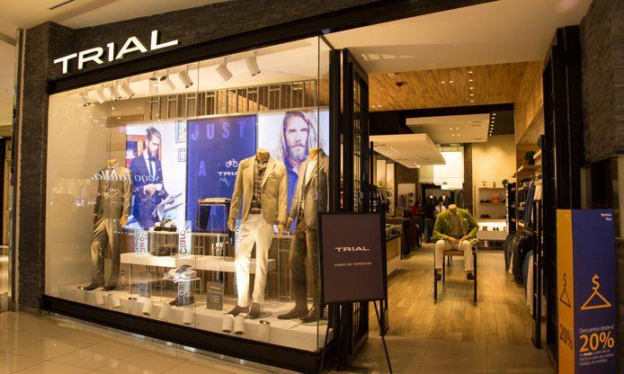 Trial inauguró su nueva boutique en el Jockey Plaza