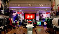 Under Armour proyecta abrir cien tiendas a nivel global