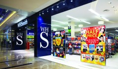 WHSmith Westfield  Whitecity 240x140 - WHSmith inaugura locales en España y Omán