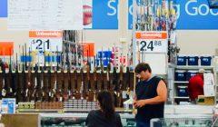 Walmart rifles 240x140 - Walmart eleva a 21 la edad mínima para comprar armas en sus tiendas