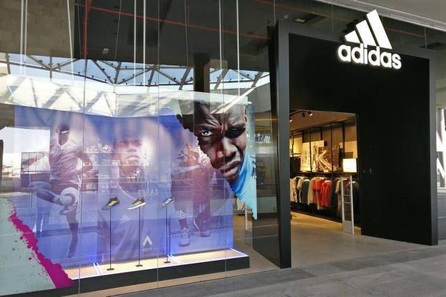 adidas en puerto venecia - Adidas cuenta con un nuevo local en el mall Puerto Venecia