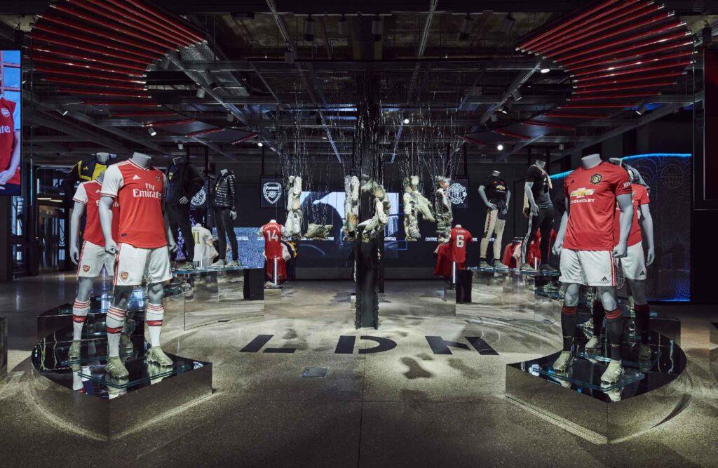 adidas perú retail 3 1024x667 - Adidas abre flagship con un concepto de tienda digital inmersiva, ¿qué significa esto?