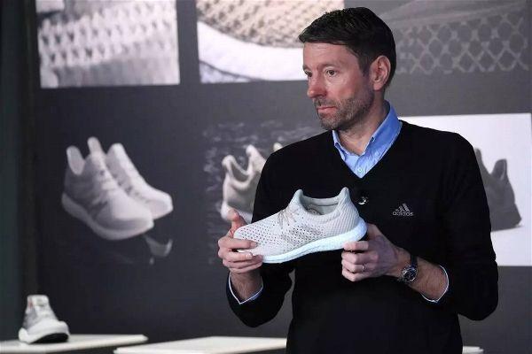 Aclarar Debe carrera  Adidas podrá por fin vender Reebok? | Perú Retail