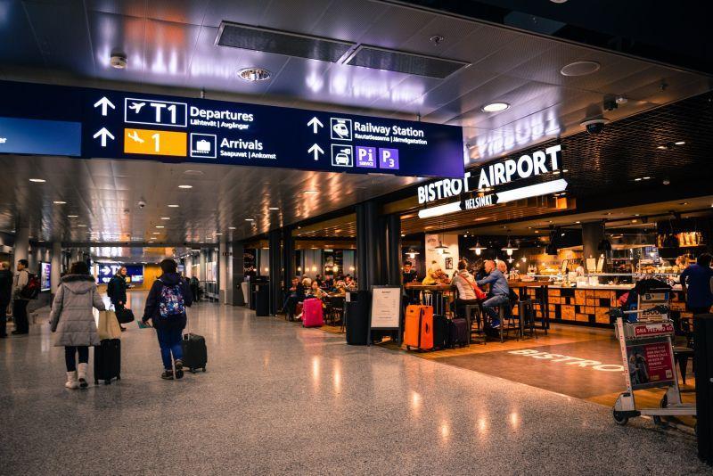 aeropuerto barcelona - Coronavirus: MWC se cancela y perjudica a varios sectores productivos