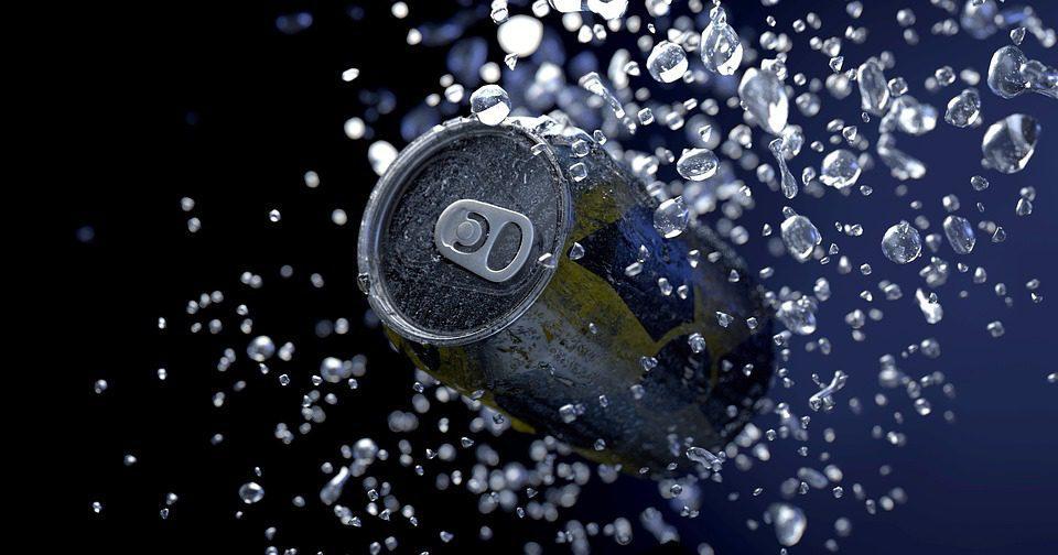 agua en lata - Coca Cola y Pepsi venderán agua en latas ante rechazo al plástico