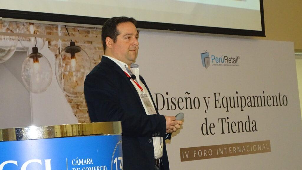 alex jacoby intelligenxia 1 Perú Retail 1024x577 - ¿Cómo diseñar y equipar la tienda para incrementar tus ventas?