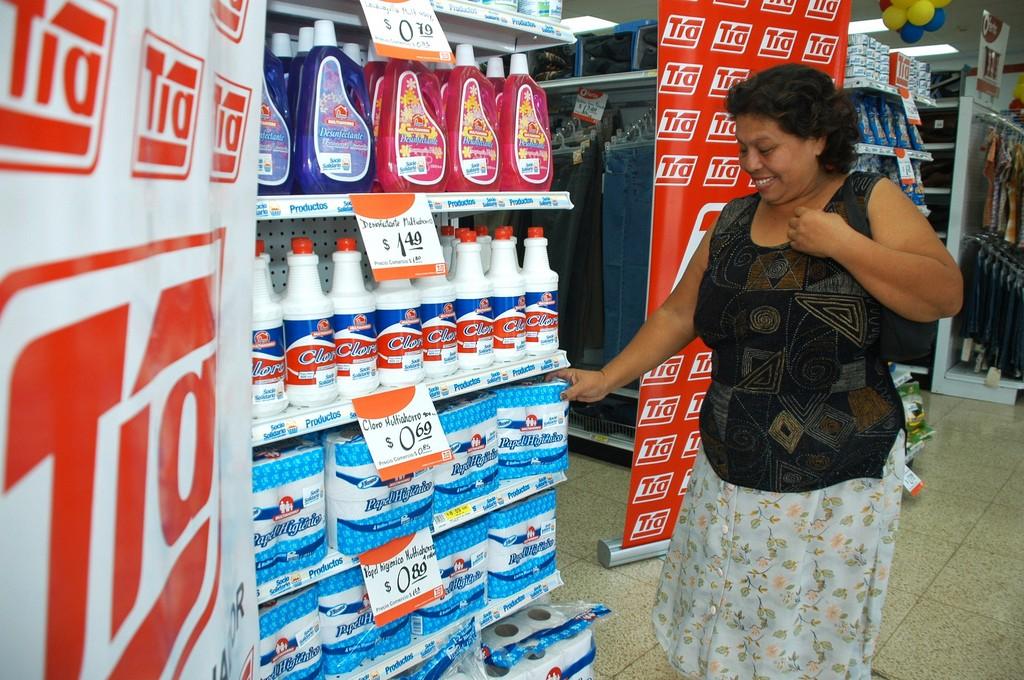 almacenes tía 2 1024x680 - Almacenes Tía cierra todas sus tiendas en Colombia