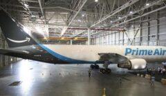 amazon avión 240x140 - Amazon planea crear su propio servicio de entrega abandonando a UPS y FedEx