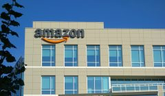 amazon edificio 948 240x140 - Amazon pierde US$ 52.000 millones en valor de mercado tras amenaza fiscal de Donald Trump