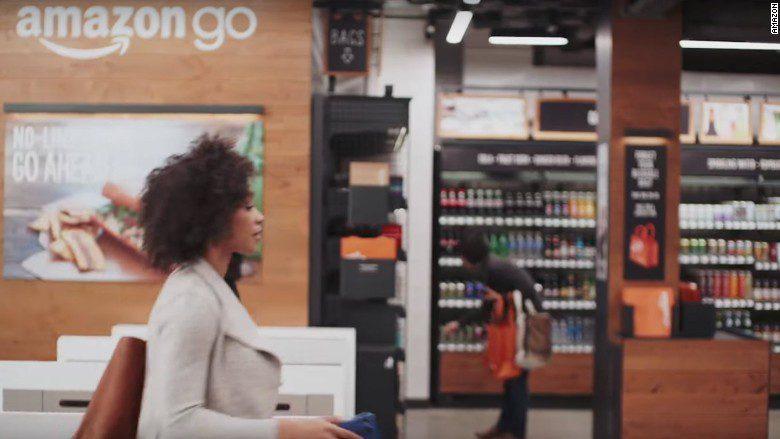 amazon go store 780x439 - Amazon: ¿Qué estrategias llevaron al éxito a Jeff Bezos?