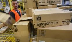 amazon trabajador 248x144 - Amazon creará 15 000 nuevos puestos de trabajo en Europa este año