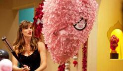 antisanvalentin 248x144 - Perú: Mira las excéntricas ideas de algunos negocios para celebrar San Valentín