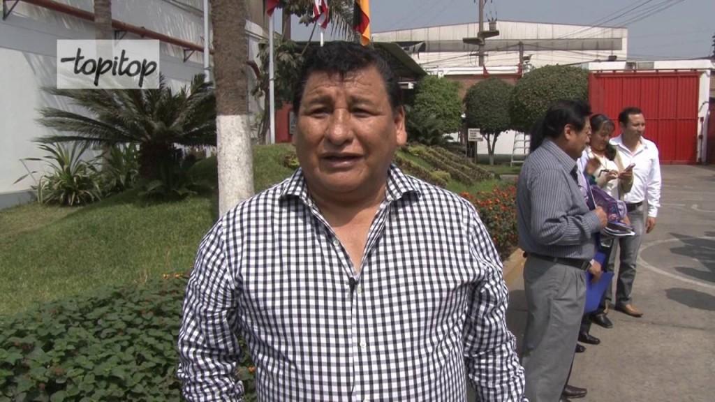 aquilino flores fundador de topitop 1024x576 - Topitop abrirá un centro comercial en Trujillo