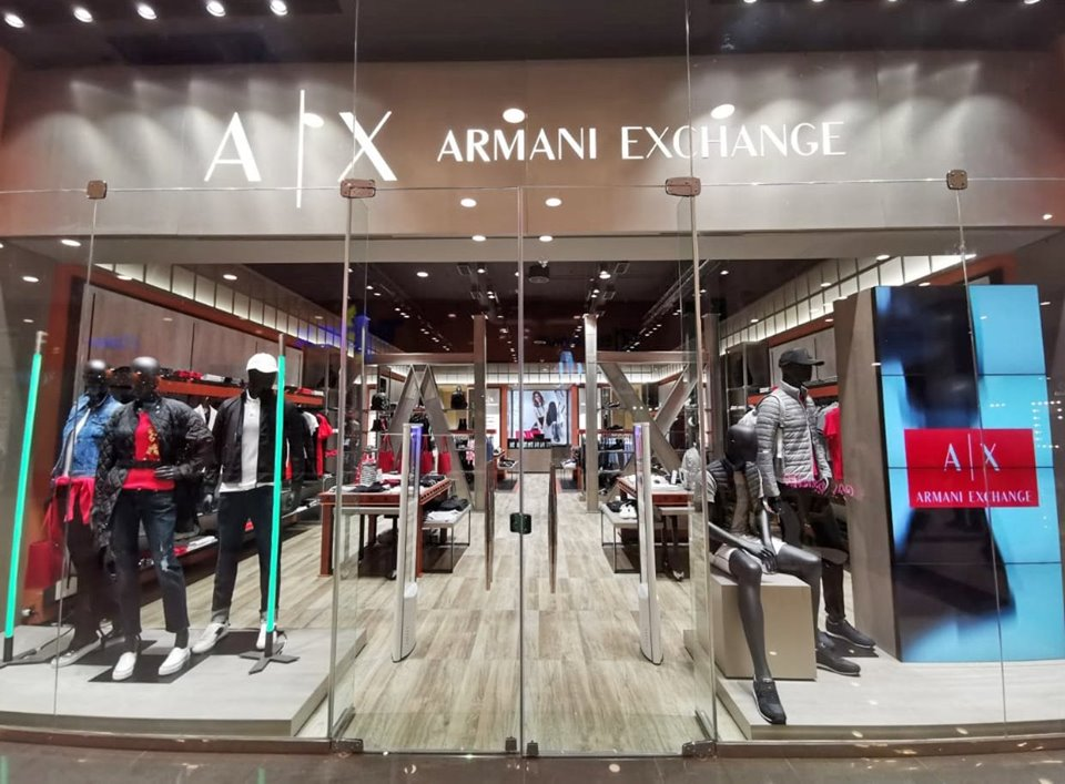 armani exchange bolivia 4 perú retail - Armani Exchange, la marca de lujo italiana abre su primera tienda en Bolivia