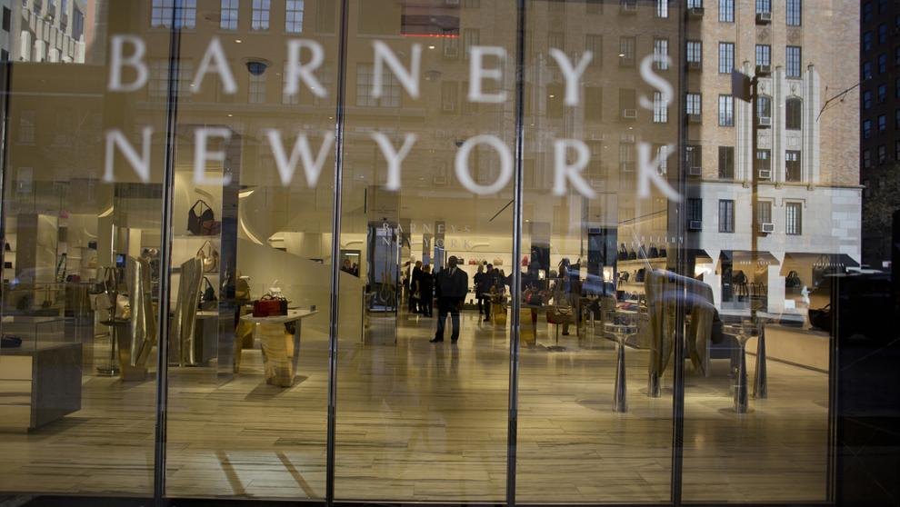 barneys - Forever 21 se deprecia: Ofrecen casi 50 veces menos del valor de marca
