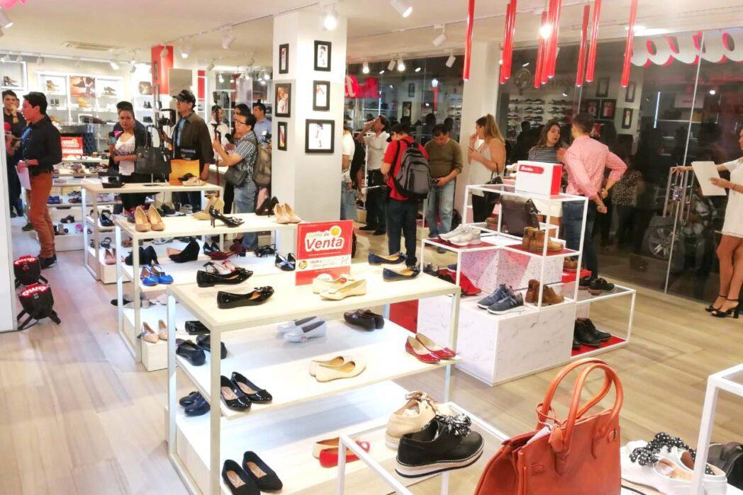 bata red two cochabamba - Bata Bolivia lanza nuevo concepto de estilo europeo en Cochabamba