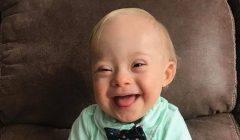 bebe 1 240x140 - Bebé con síndrome de down es la imagen oficial de Gerber