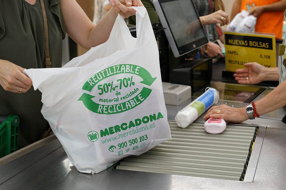 bolsa de plastico reciclado mercadona - Eliminación de bolsas plásticas: impulsando un nuevo mercado