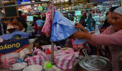 bolsas 1 248x144 - ¿Ley de plástico los ampara? Mercados y bodegas podrían entregar bolsas sin cobrar