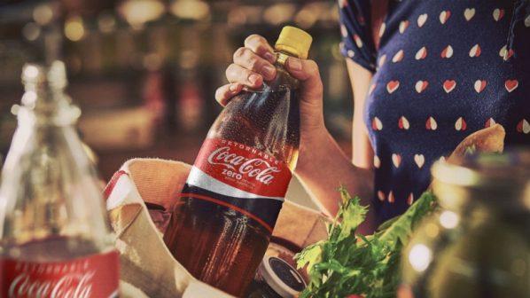 botella retornable - Coca Cola de Bolivia motiva a consumidores a usar botellas retornables