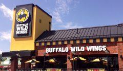 buffalo wild wings outside 3 240x140 - Buffalo Wild Wings enfoca su crecimiento hacia América Latina