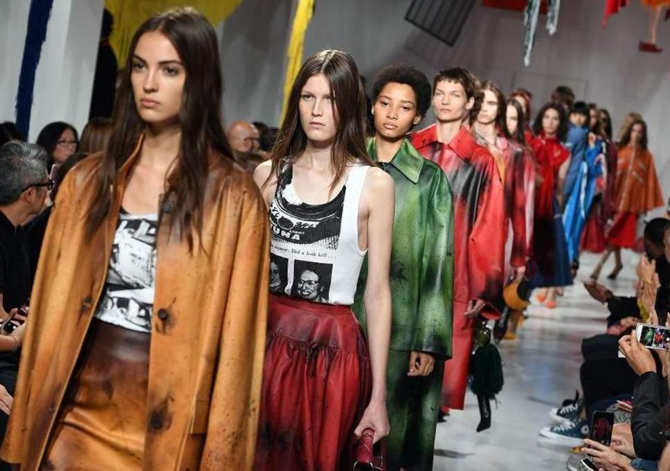 calvin klein 1 - Calvin Klein cierra su negocio de alta costura y despedirá a 100 empleados
