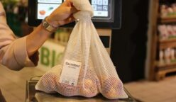 carrefour malla de algodón 248x144 - Carrefour cambia bolsas de plástico por malla de algodón