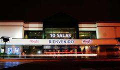 cine hoyts 2 240x140 - ¿Qué estrategias está realizando la industria del cine en Chile para atraer más espectadores?