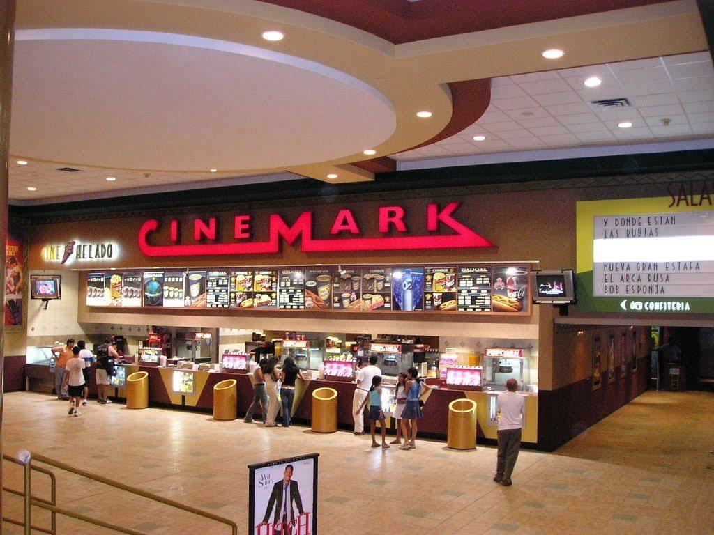 cinemark-jockey-plaza-01