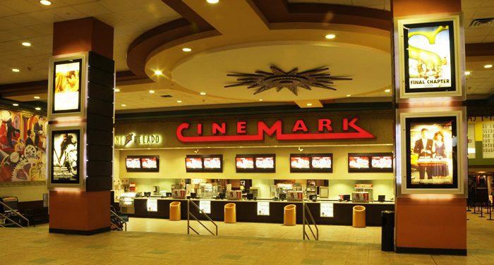cinemark jockey plaza - Perú: ¿Cuáles son las tiendas que puedes visitar en el Jockey Plaza?