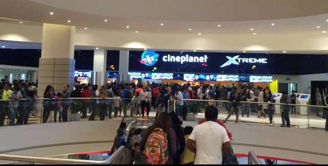 cineplanet mall del sur