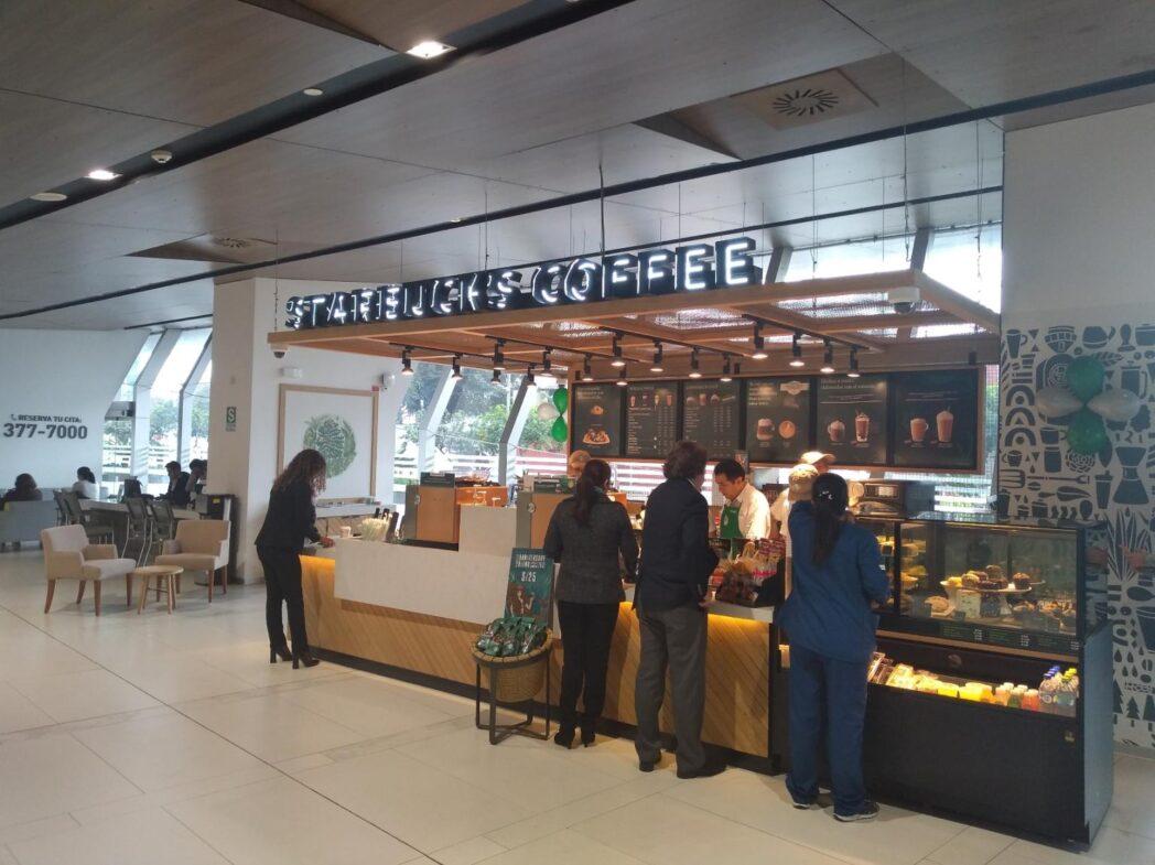 clinica delgado con starbucks - Perú: Conoce la nueva cafetería de Starbucks que funciona dentro de una clínica