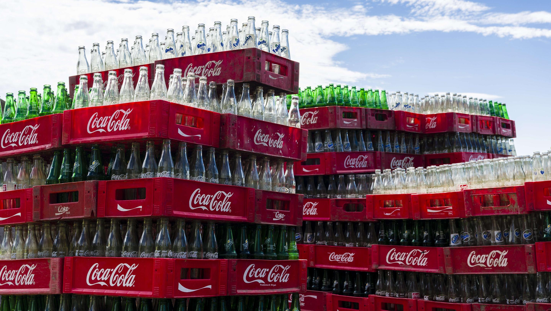 coca 2 - México: Incremento de impuestos afectaría volúmenes de Arca Continental y Coca Cola