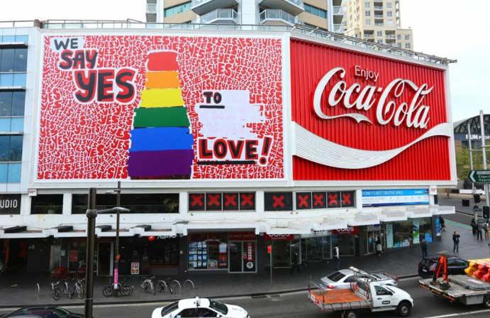 coca cola LGTBI Perú Retail - Amazon y Coca Cola exigen protección de comunidad LGTBI+ ante discriminación laboral
