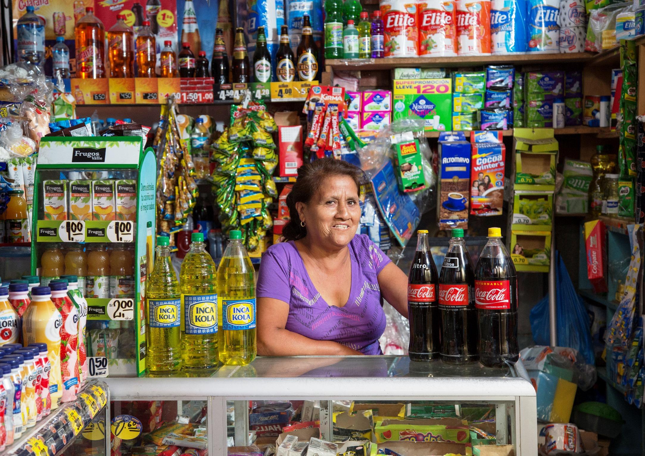 coca cola bodega - Perú: ¿Cómo se han reinventado las bodegas en tiempos de Covid-19?