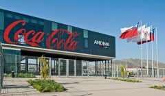 coca cola chile 240x140 - Ganancias de Embotelladora Andina aumentaron 30% en 2017