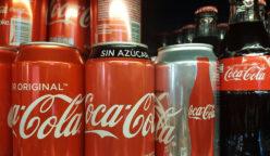 cocacola sin azucar 248x144 - Coca Cola mejora sus proyecciones para el año gracias a refrescos sin azúcar