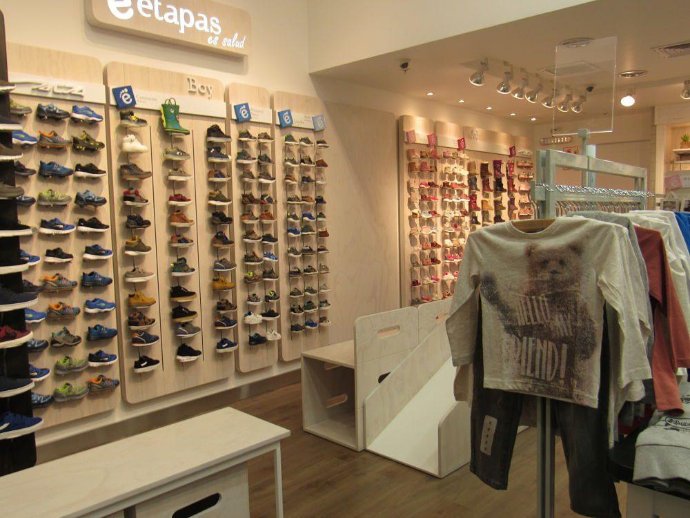 colloky Pared de calzados opt - Perú: Colloky renueva tienda en centro comercial La Rambla
