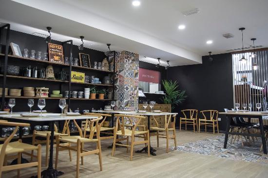 comedor del restaurante mercat bolivia - Ventas de restaurantes en Bolivia siguen en alza con productos nacionales