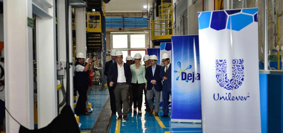 compañia unilever - Bolivia: Detergente OMO es la marca líder de Unilever