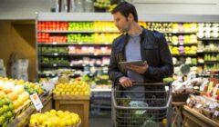comprador digital 240x140 - ¿Cómo es el consumidor del retail actual y qué le espera?