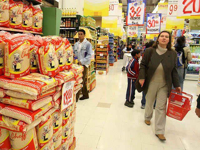 comprando supermercado marca blanca