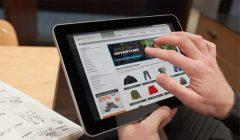 comprar desde tablet 1 240x140 - Cuatro influenciadores que impactan en el crecimiento del ecommerce