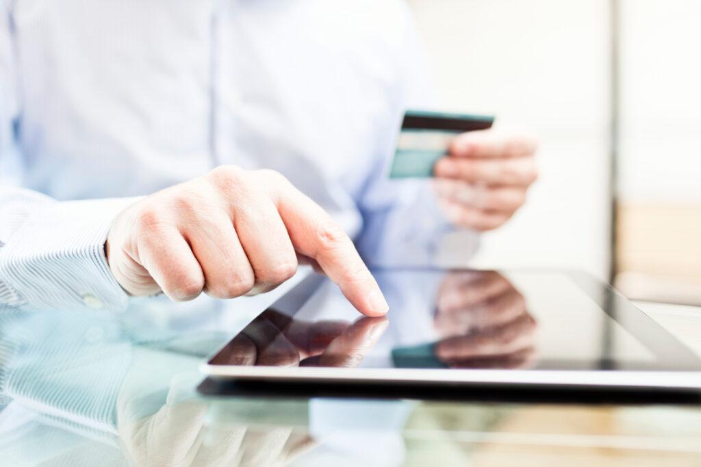 compras online4 1024x682 - El 46% de los internautas peruanos realizará compras online antes del 2018