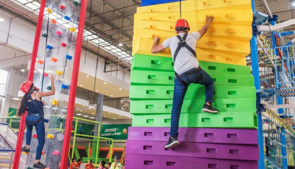 coney active 1024x588 - Del retail al retailment: el boom de la transformación de los malls peruanos